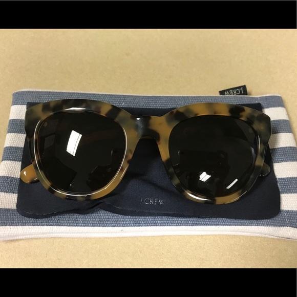 43dcbf337204 J. Crew Accessories - J Crew Cabana Oversized Sunglasses
